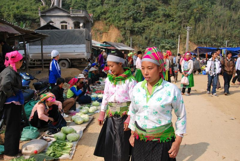 marche-local-cao-bang-vietnam